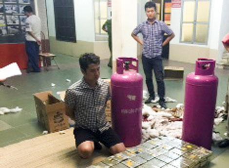 Trùm ma túy vận chuyển 500 bánh heroin: Vì cần tiền chơi cờ bạc