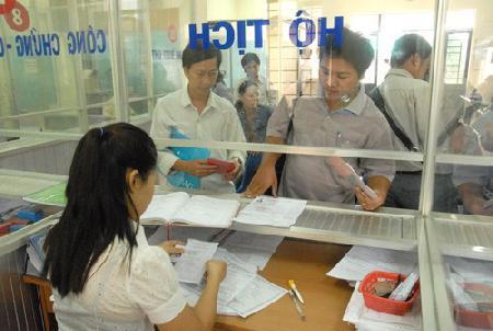 Sẽ đăng ký hộ tịch qua bưu điện, mạng internet