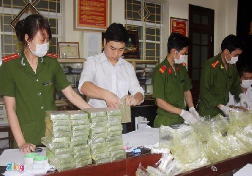 Thưởng 200 triệu cho ban chuyên án bắt 227 bánh heroin