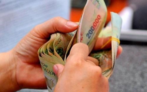 Áp thuế thu nhập cá nhân mới: Nghèo còn mắc eo!